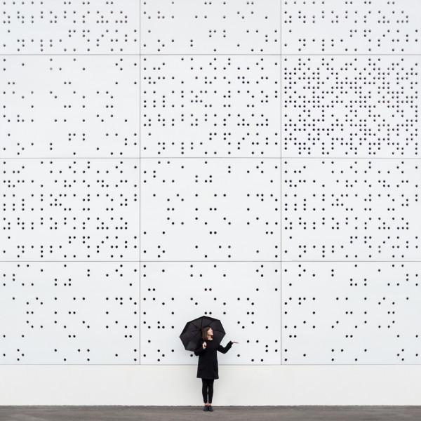 Annandaniel Anniset DrCuerda Anna Devís Daniel Rueda Curiocities Digital Rain Umbrella Black White Dots Circles Creative architecture photography