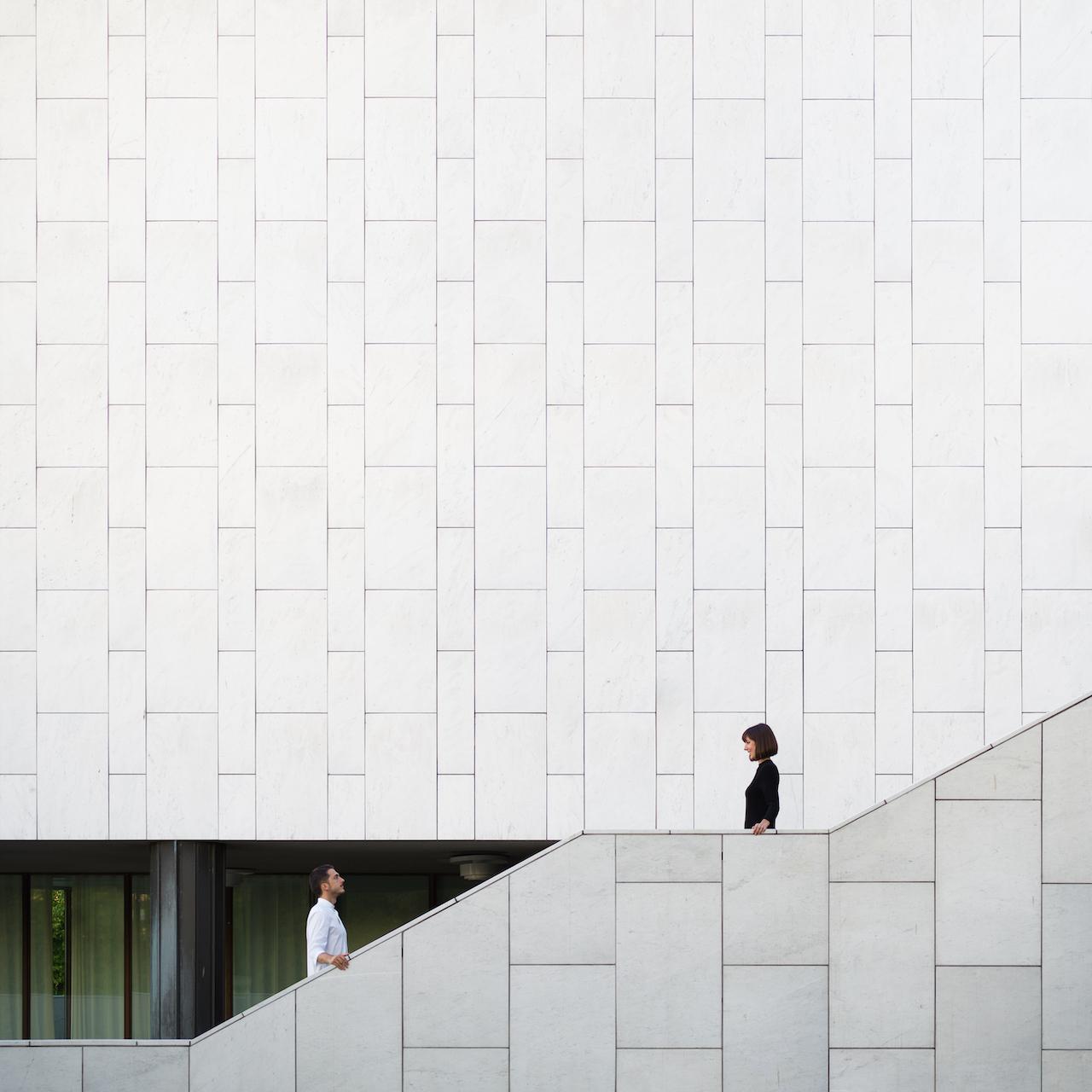 Anna Devís Daniel Rueda drcuerda anniset creative photography perspective yin yang Helsinki Finland Alvar Aalto Finland Hall black and white